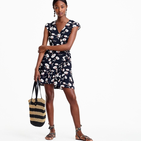 J. Crew Dresses & Skirts - J.crew Mercantile Faux wrap blue floral mini dress